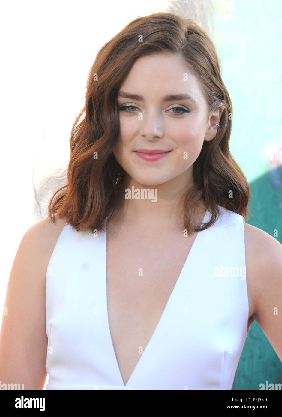 Madison Davenport Nude Photos 7