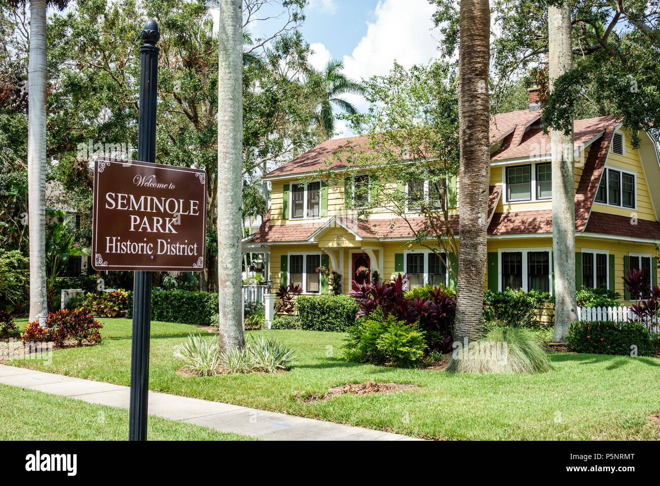 Fort Ft. Myers Florida Seminole Park Historic District neighborhood house home residence exterior front yard sign - Stock Image