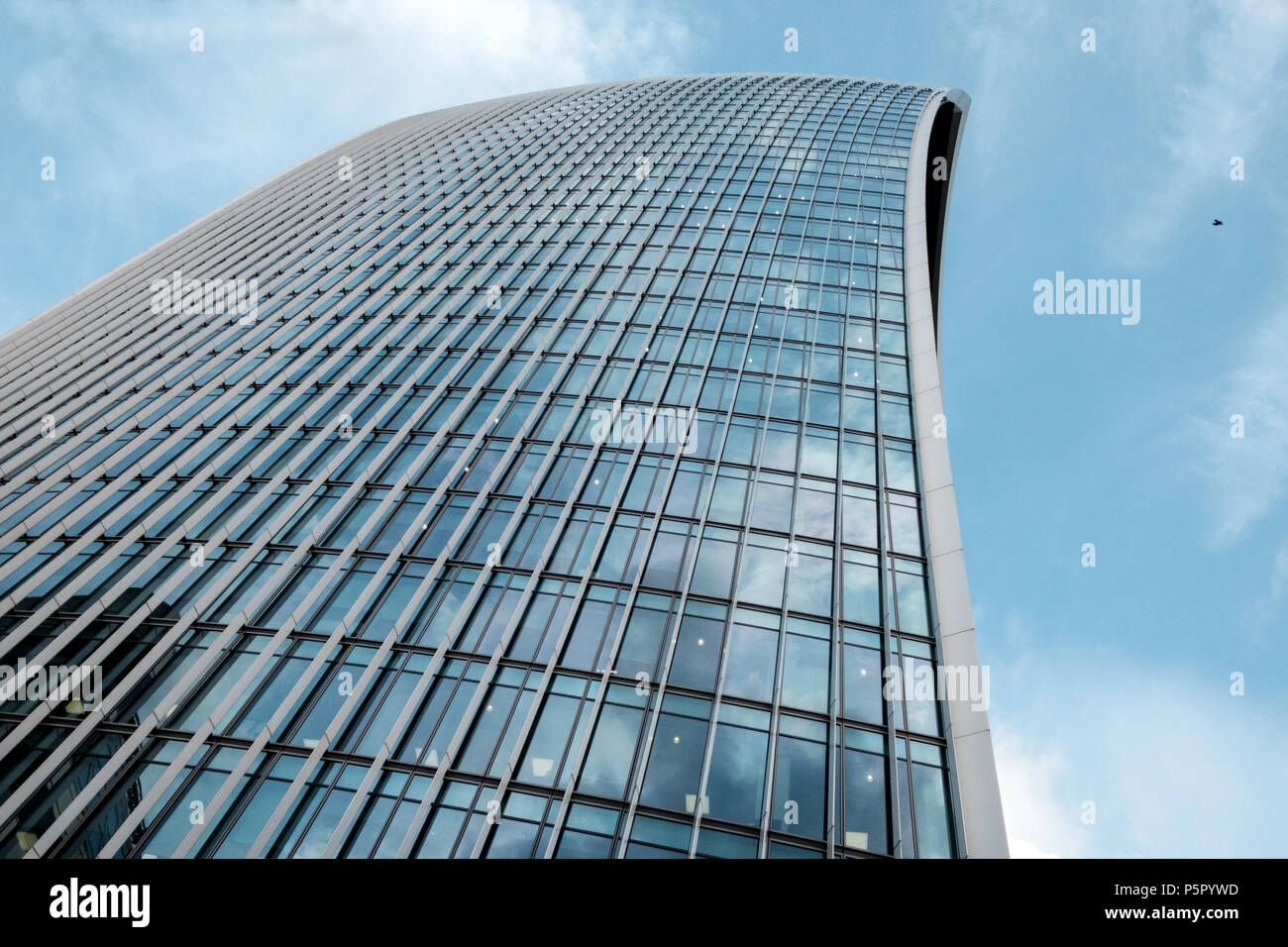 The Walkie-Talkie skyscraper at 20 Fenchurch Street in the City of London, England, UK. Horizontal, copy space, blue sky. - Stock Image