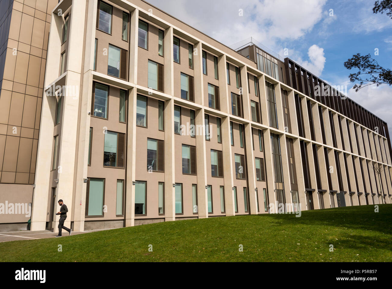4 East South building for Faculty of Engineering & Design.  Also it houses University's IT services and a data centre. Bath University, Somerset, UK Stock Photo