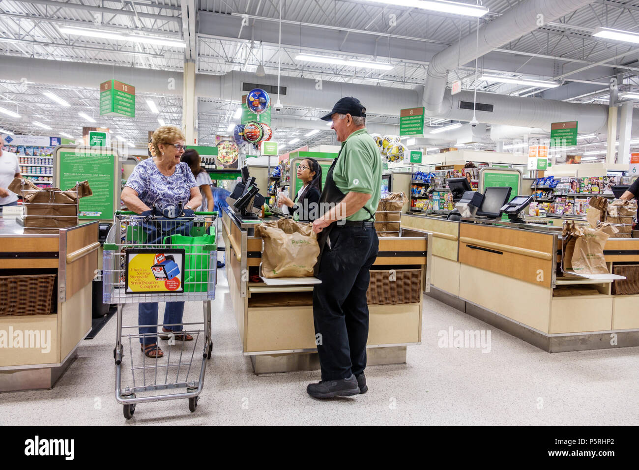 What Is A Courtesy Clerk At Food City