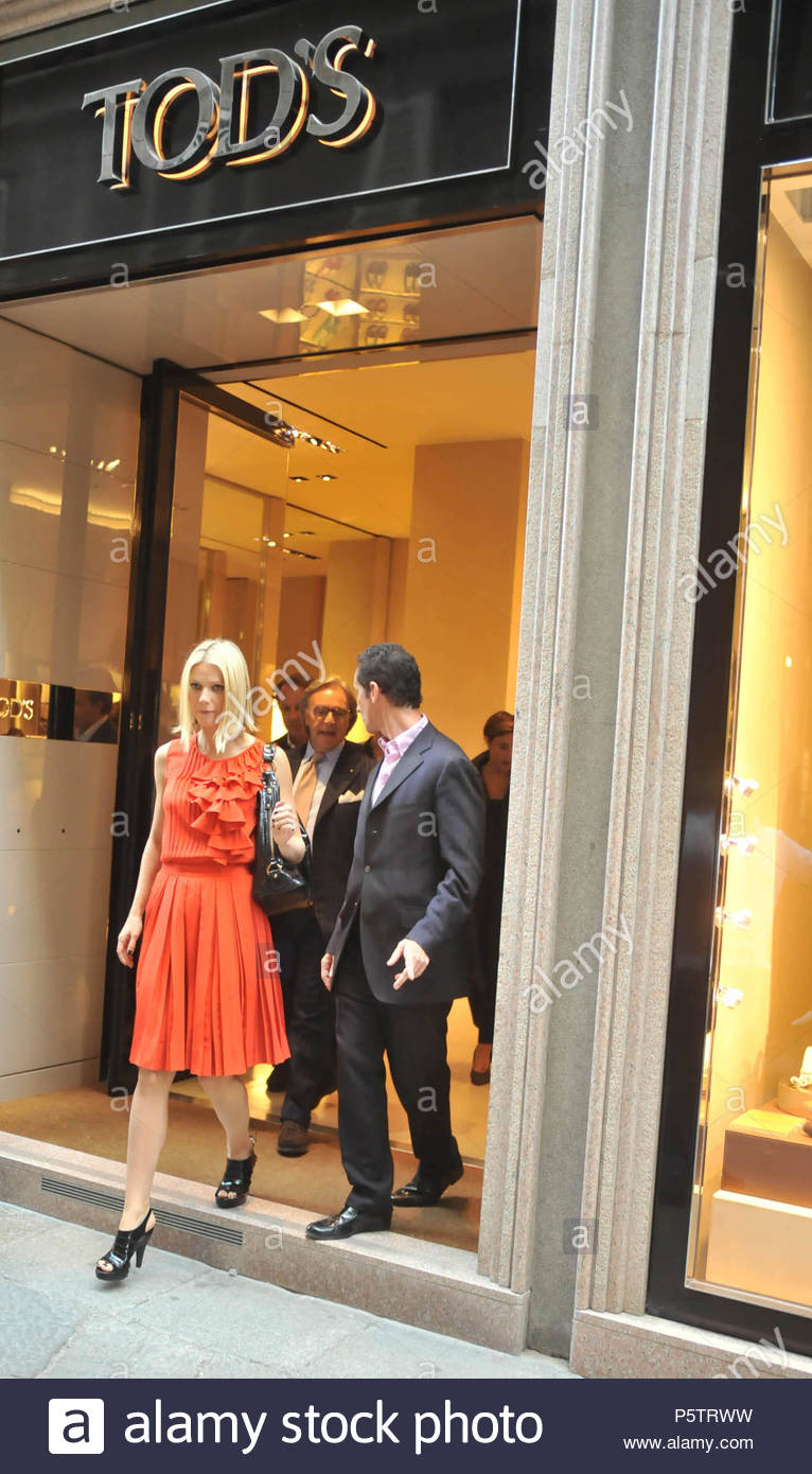 Gwyneth Paltrow and Diego Della Valle. Gwyneth Paltrow visits Tod s concept  store with Diego Della Valle in Milan. d2e07ac48d1