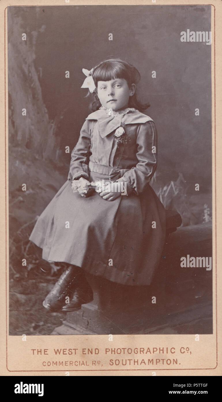 Southampton CDV Carte De Visite Of A Victorian Girl