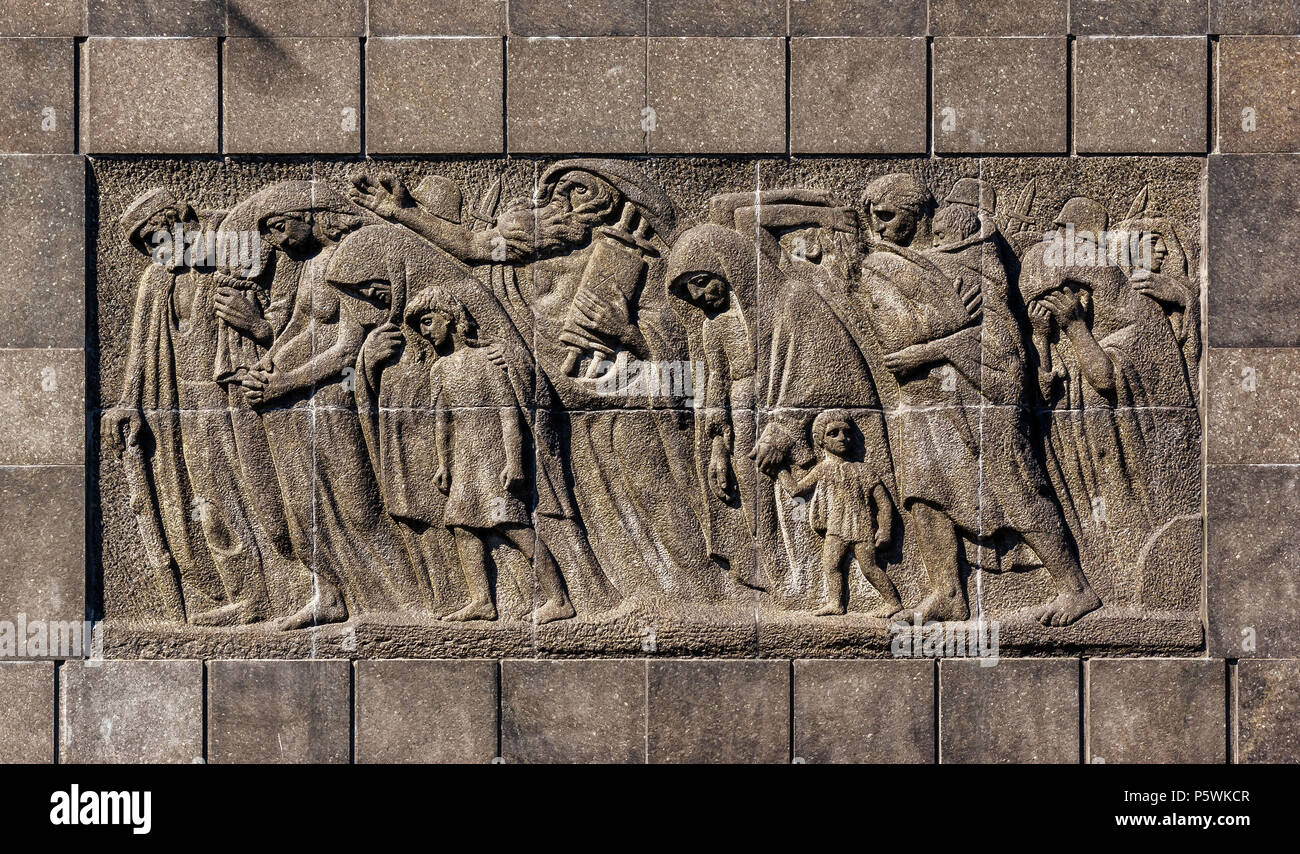 Warsaw, Poland - May 31st, 2018: Iconic Monument to the Warsaw Ghetto Heroes by N. Rappaport. - Stock Image