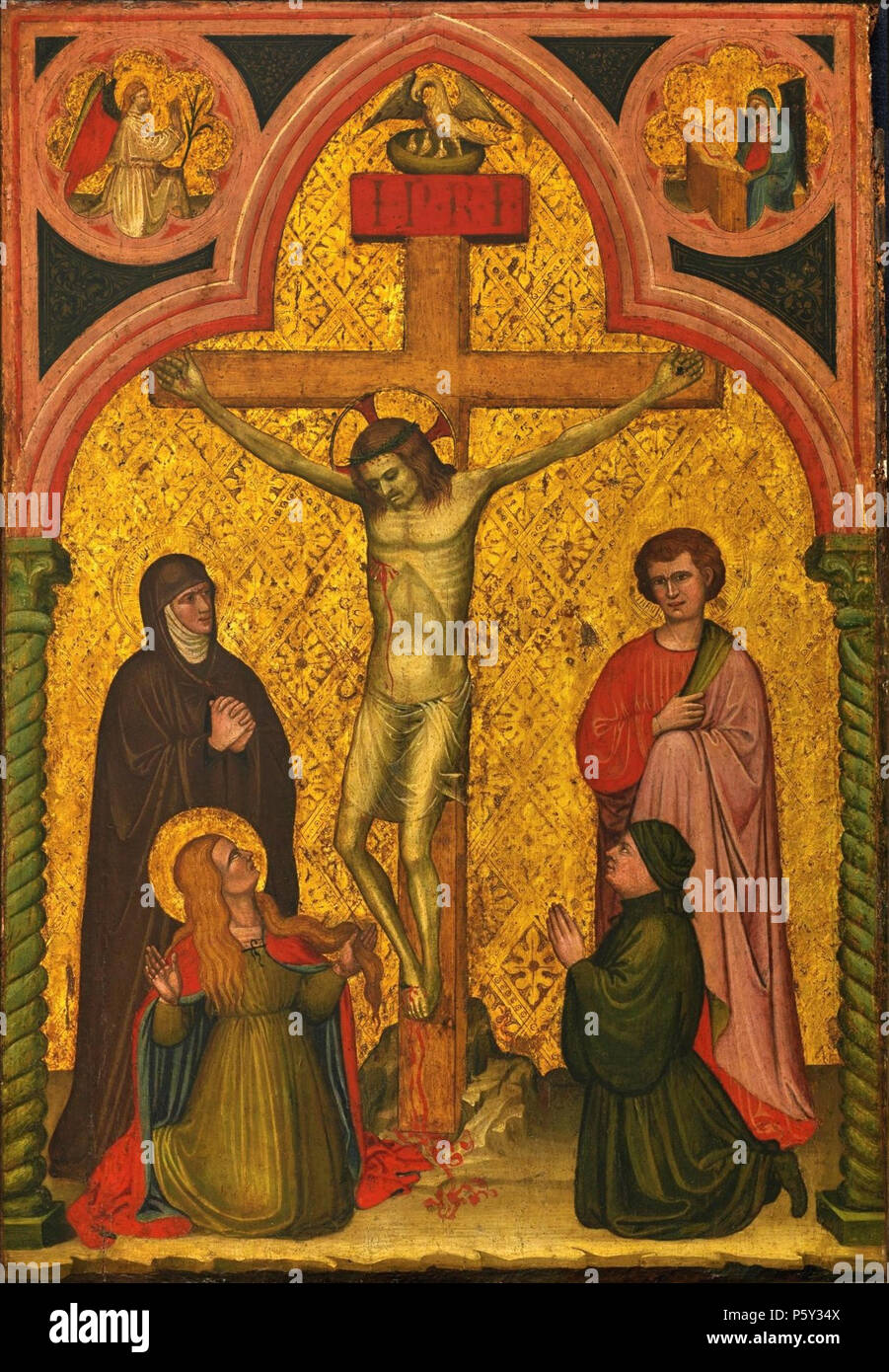 N/A. English: The Crucifixion with Saints Mary, John and Mary Magdelene and a Donor; The Annunciation in the Spandrels above by Antonio di Pietro, tempera on panel, gold ground, 76.5 by 52.5cm. between circa 1405 and circa 1434. Antonio di Pietro 392 Crucifixion with Saints Mary, John and Mary Magdelene by Antonio di Pietro - Stock Image