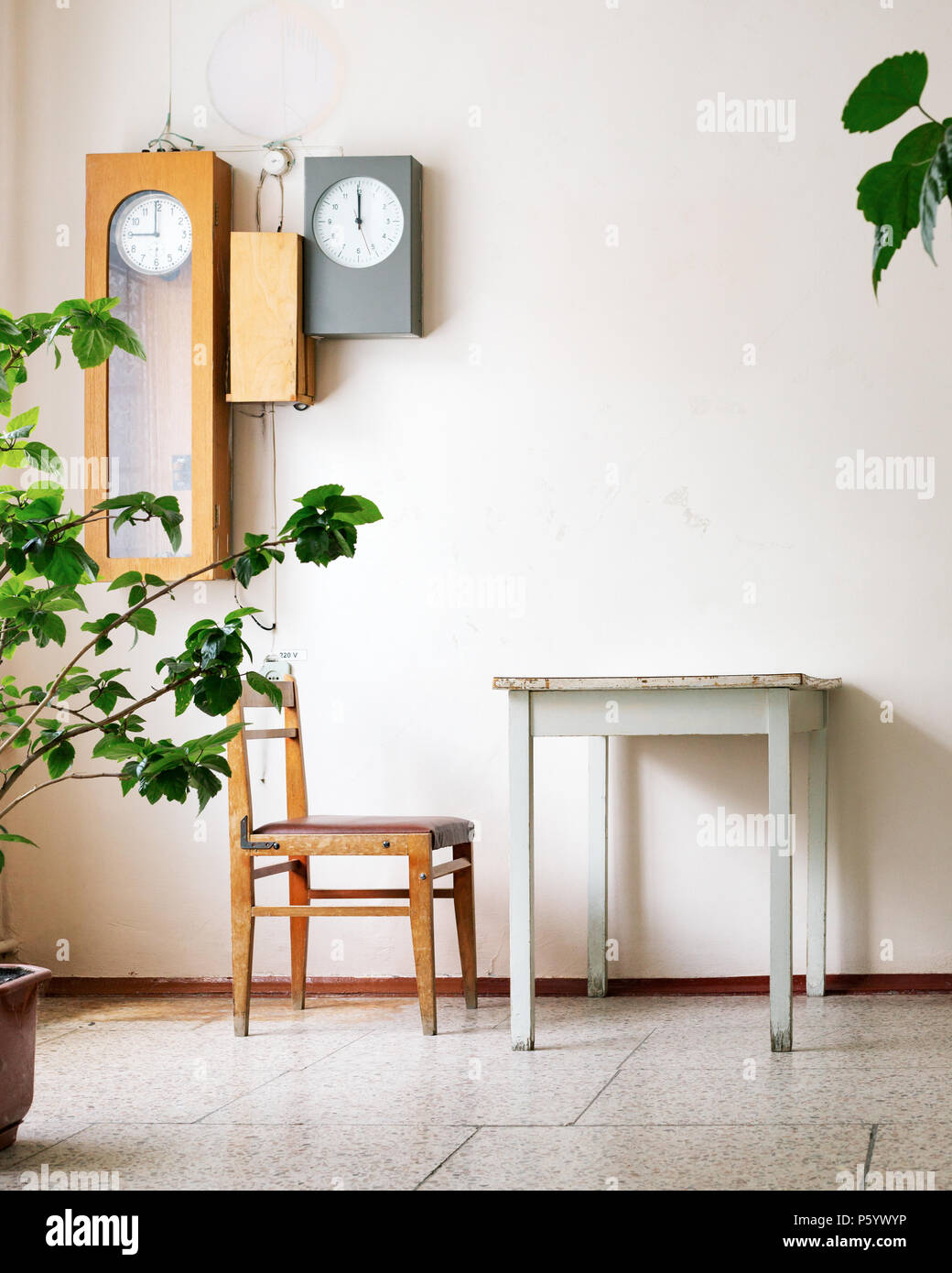 Creative wooden furniture Patio Retro Interior With Old Wooden Furniture And Vintage Wall Clock Creative Background With Copy Space Time Concept Diy Network Retro Interior With Old Wooden Furniture And Vintage Wall Clock