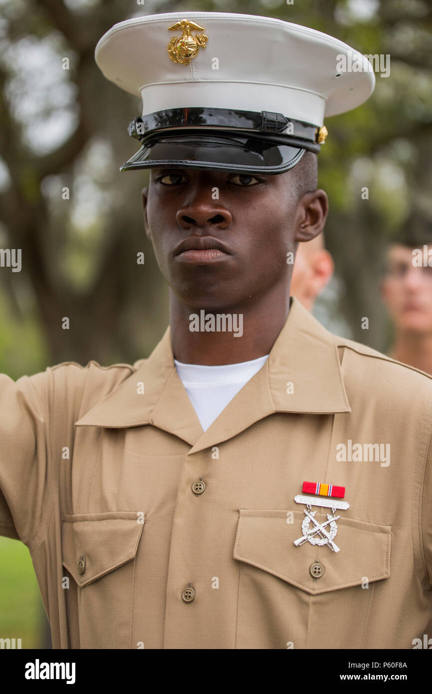 Parris Island Graduation Schedule 2020.Pfc Derrick R Toliver Honor Graduate For Platoon 2020