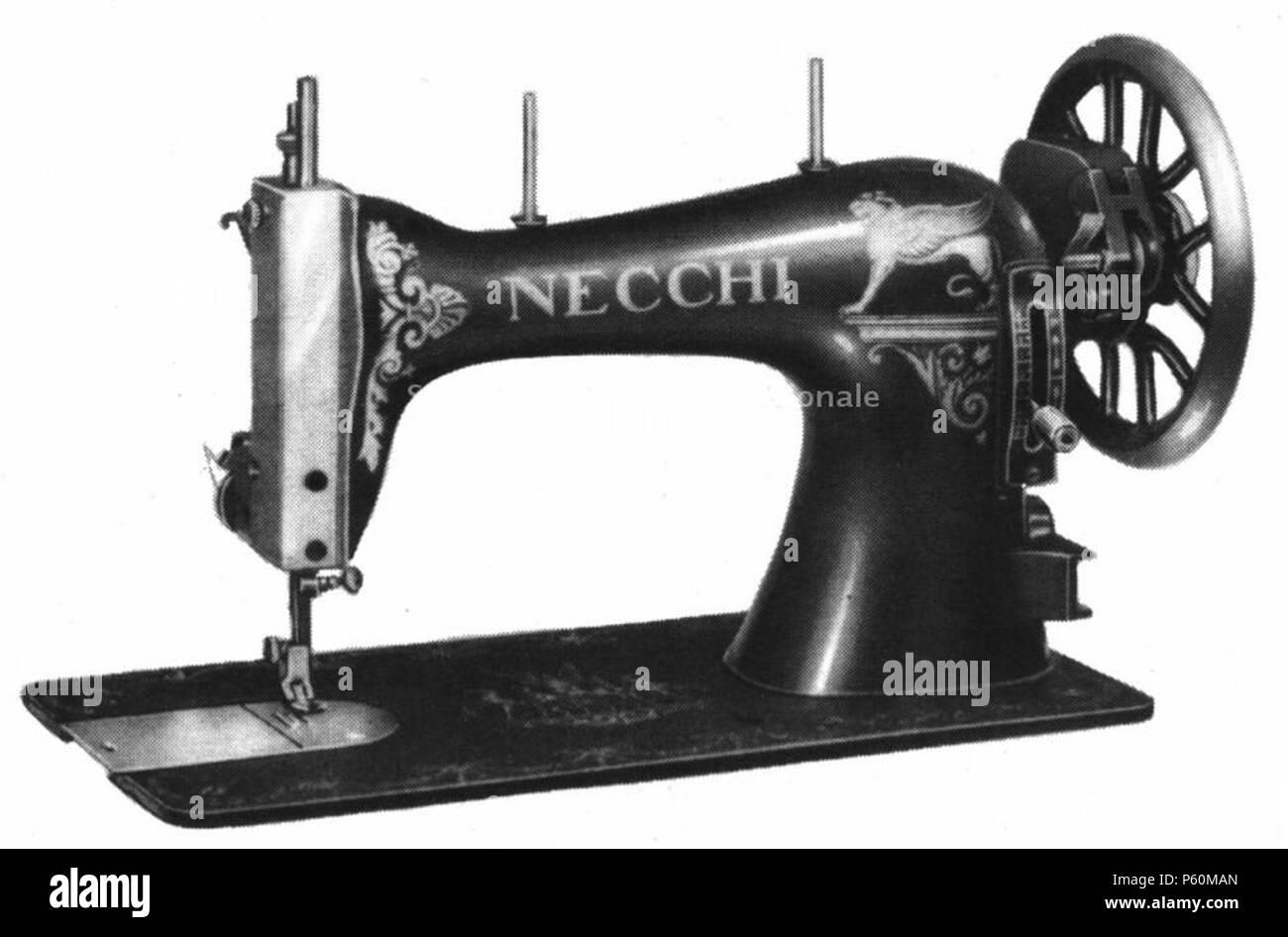 N/A. Italiano: Una delle prime macchine per cucire domestiche Necchi, destinate al mercato nazionale, anni venti . 1920s. Unknown 551 FedoraNecchi - Stock Image
