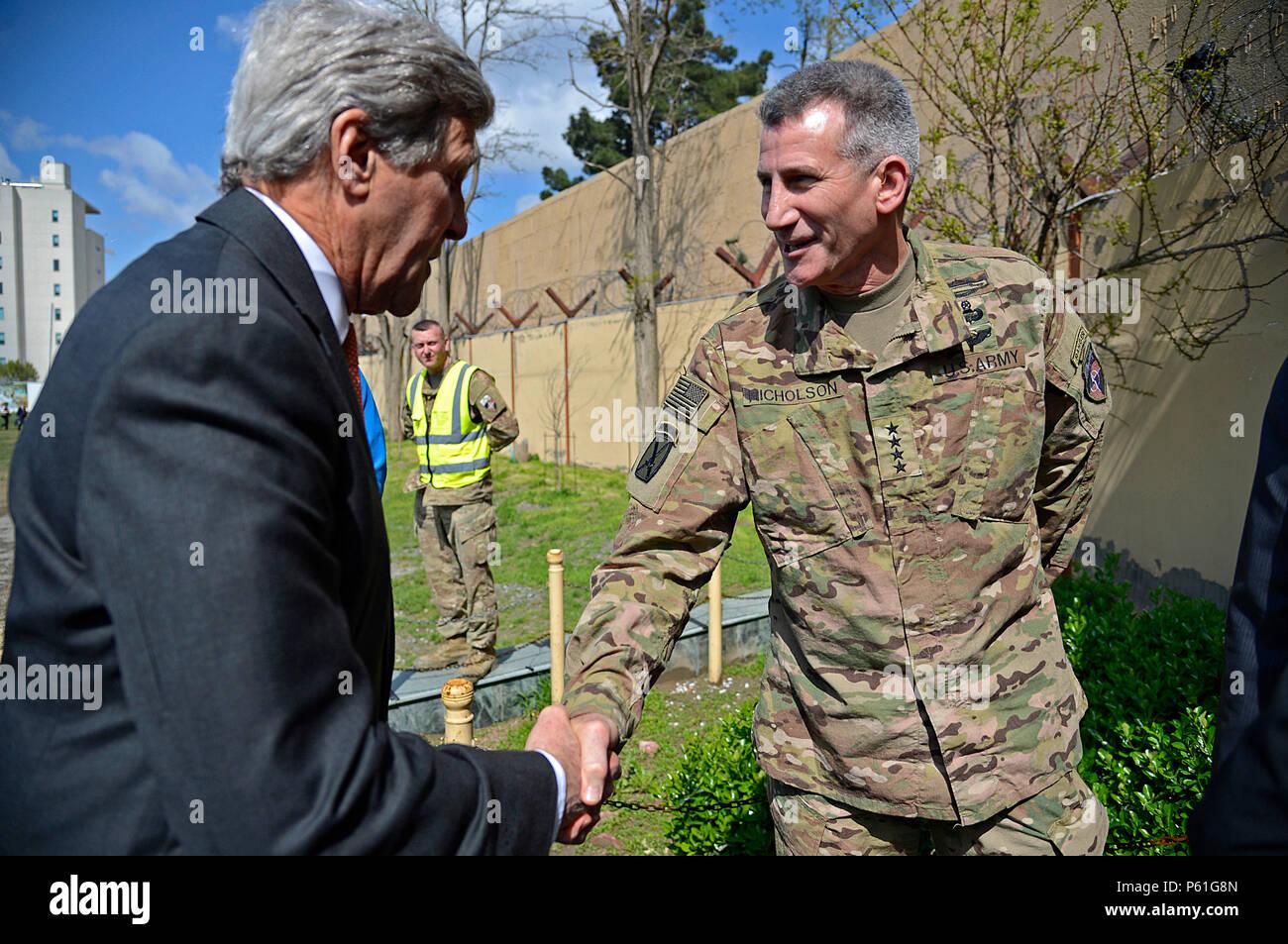 us troops in kabul afghanistan
