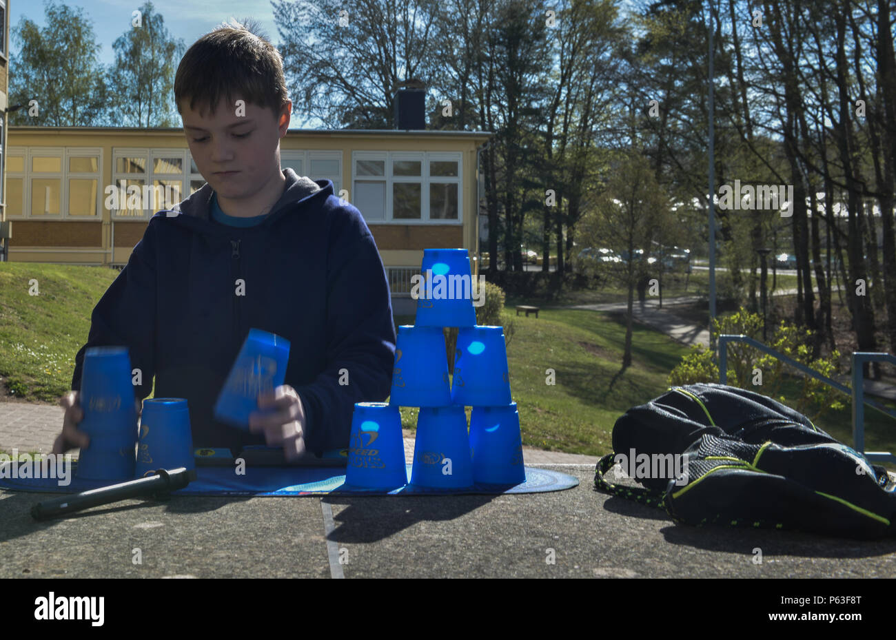 Many children who had to leave Turkey and separate from their family serving there have been placed in new schools around the Kaiserslautern Military Community in Germany. While attending these new schools they undergo therapy to cope with their stresses and anxieties built up during the transition. - Stock Image