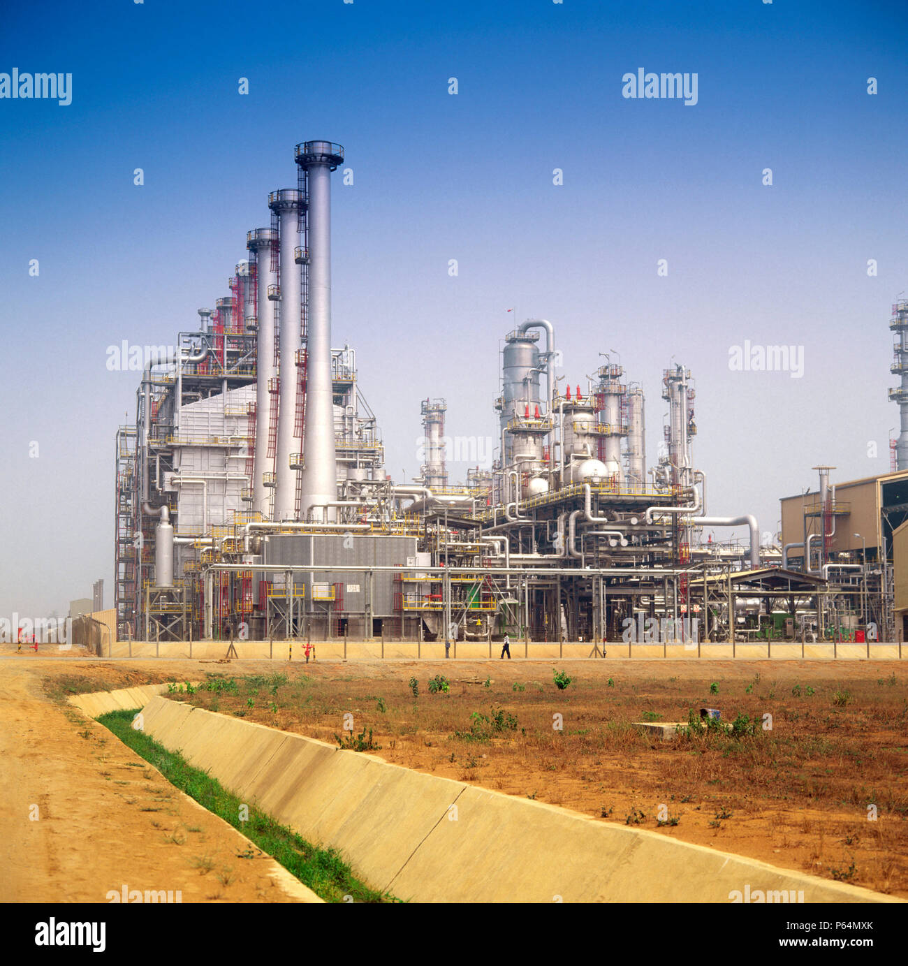 Oil refinery and petrochemical installations in Nigeria - Stock Image