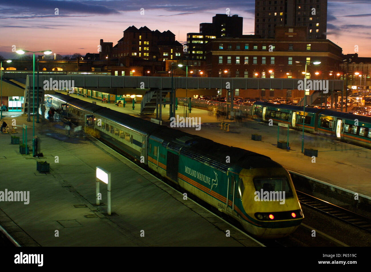 A London St Pancras bound Midland Mainline operated HST picks up passengers at Leicester Station. 2003. - Stock Image
