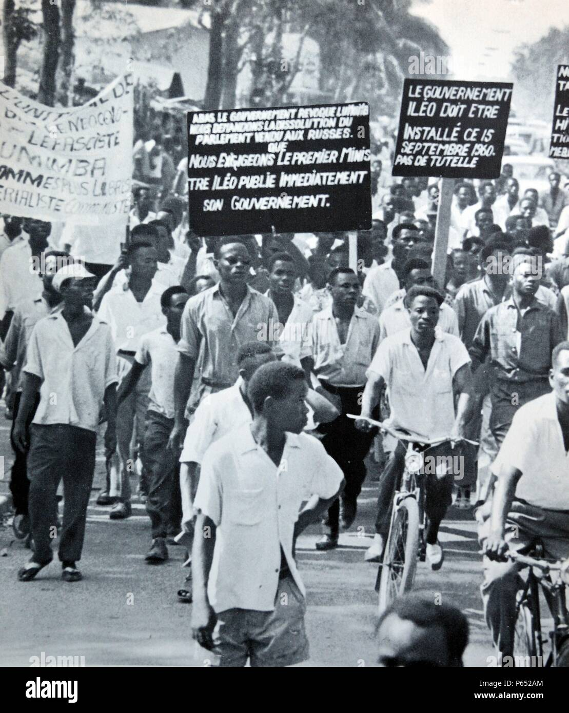 Congo; Leopoldville 1960. Congolese protesters demonstrate for independence from Belgium 1960 - Stock Image