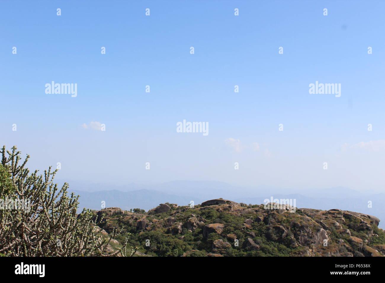 Beauty of Guru shikhar in Mount Abu Rajasthan - Stock Image