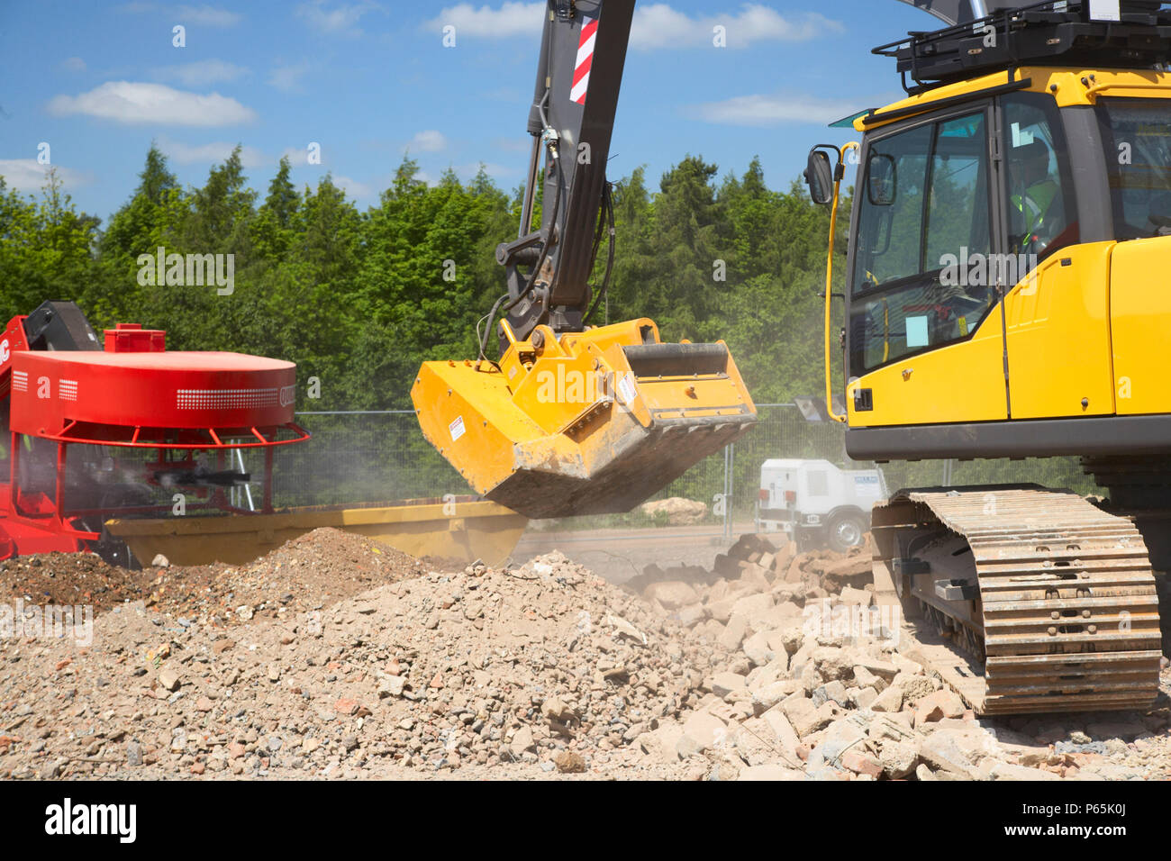 Aggregate Crusher Stock Photo: 210337026 - Alamy