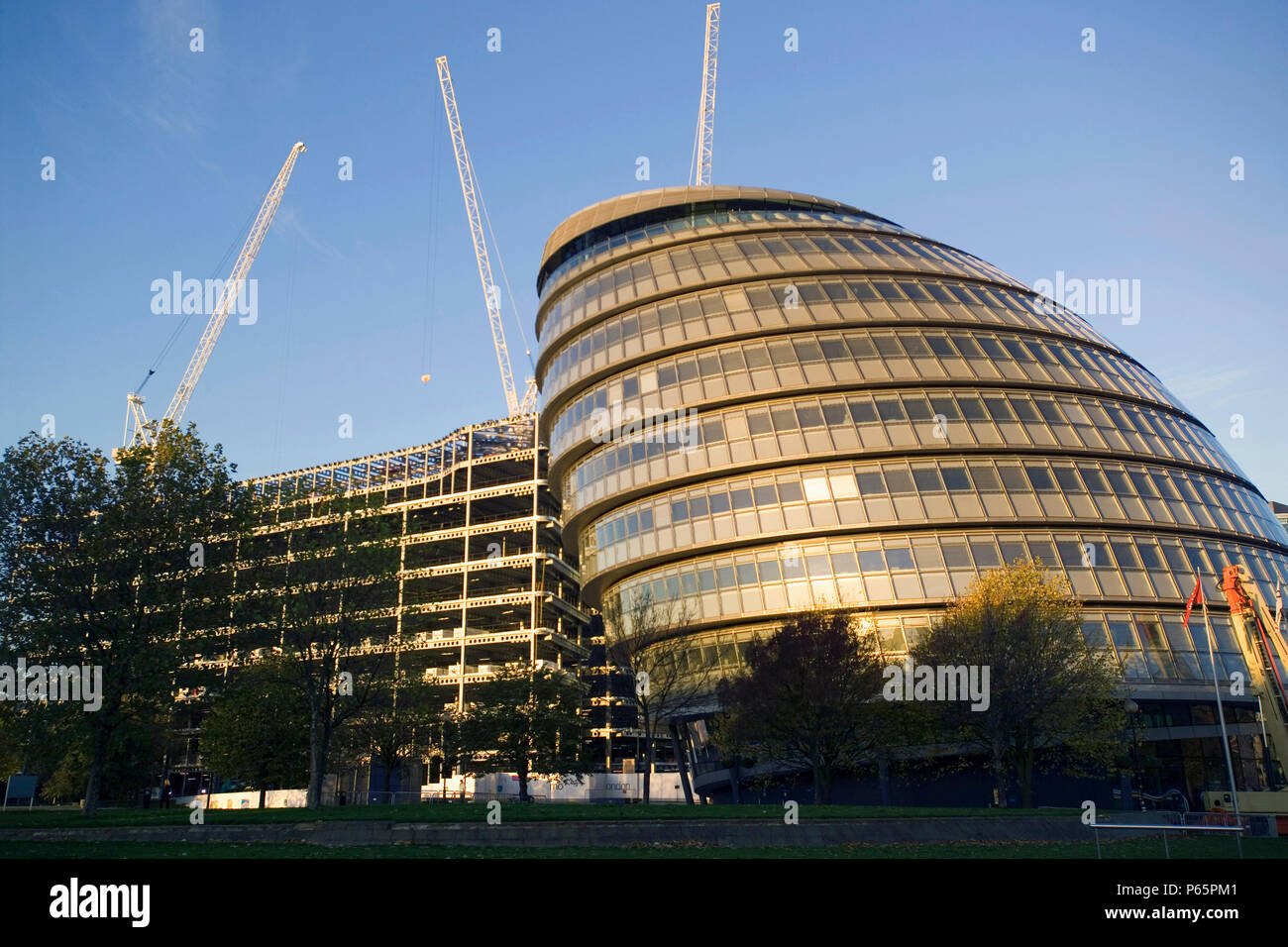 City Hall, Greater London Authority, GLA Building, by Tower Bridge, South Bank, Southwark, London, United Kingdom. Architects Norman Foster and Partne - Stock Image