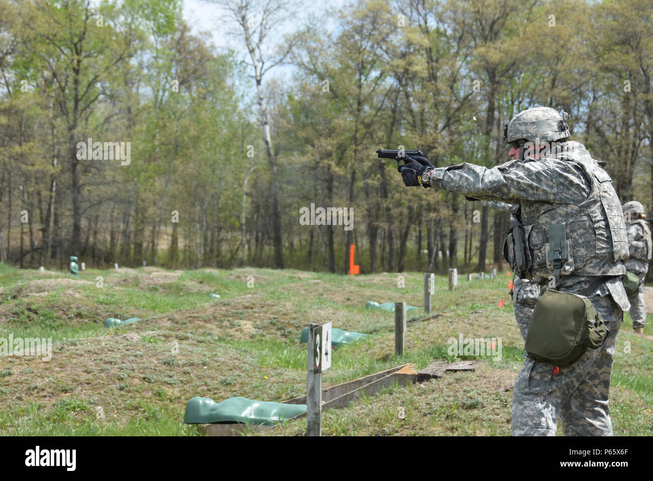 5f8bb3c6bb5 Pop Up Targets Stock Photos   Pop Up Targets Stock Images - Alamy
