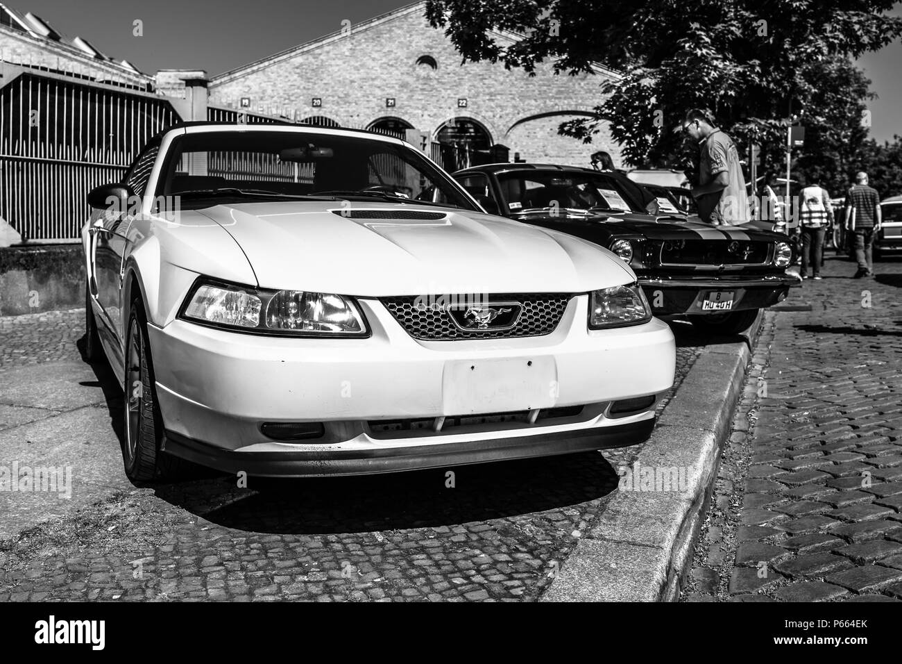 Muscle Car Black And White Stock Photos Images Alamy