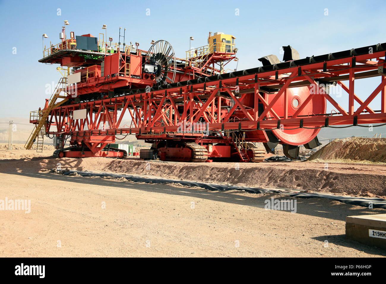 Bucket Wheel Excavator In Chuquicamata Chile Stock Photo Alamy