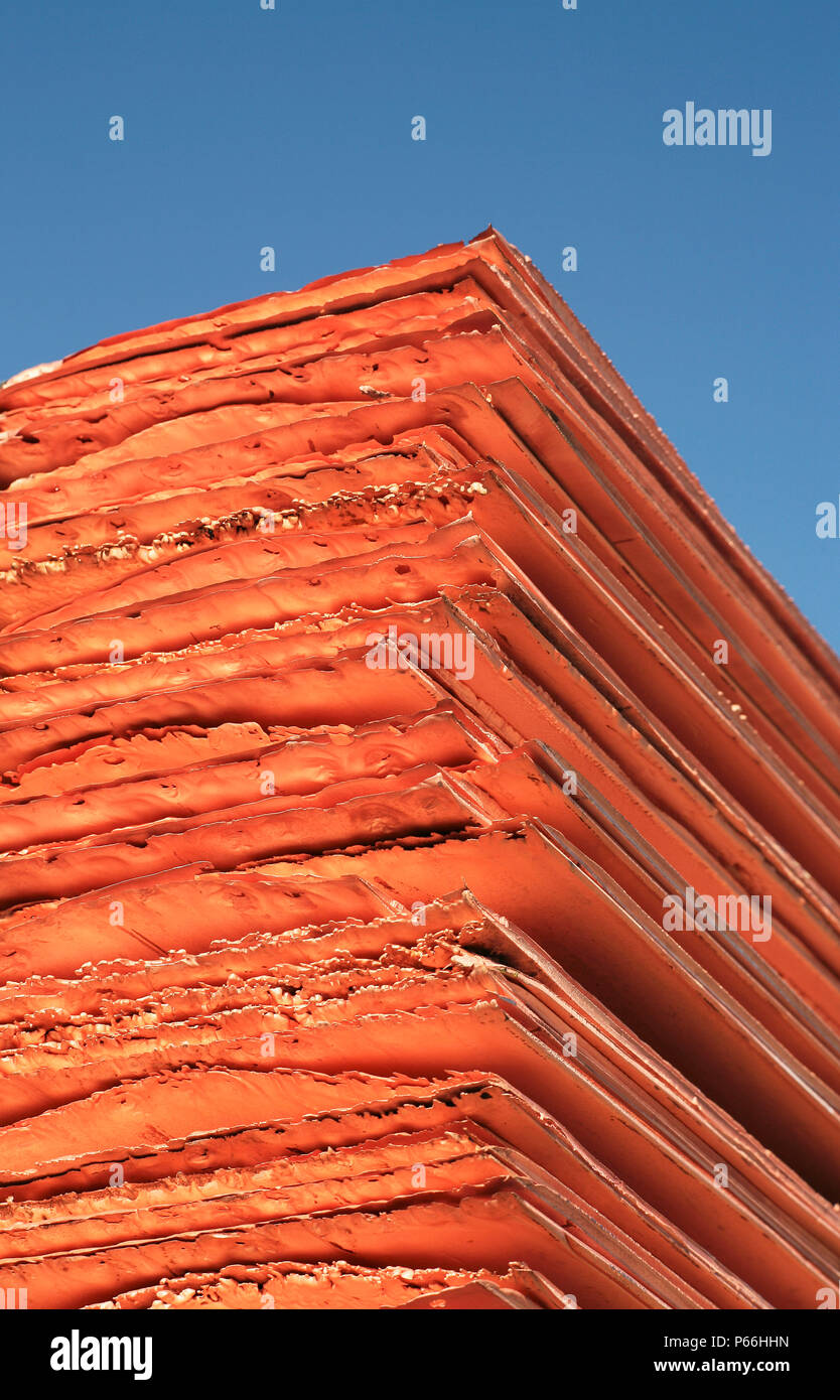 Copper Cathode Pack Stock Photos & Copper Cathode Pack Stock Images