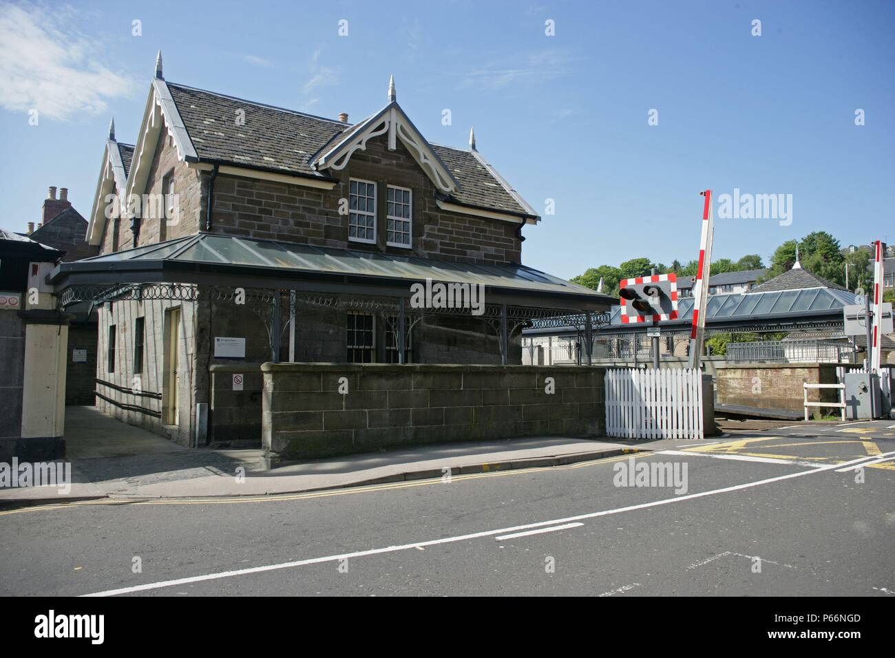 Frontage, main station building and level crossing at Broughty Ferry station, Tayside. 2007 - Stock Image