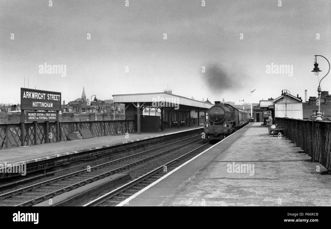 Nottingham, Arkwright Street station was situated 1 mile south of Nottingham, Victoria on the GC main line. The nameboard invites fans to alight here  - Stock Image