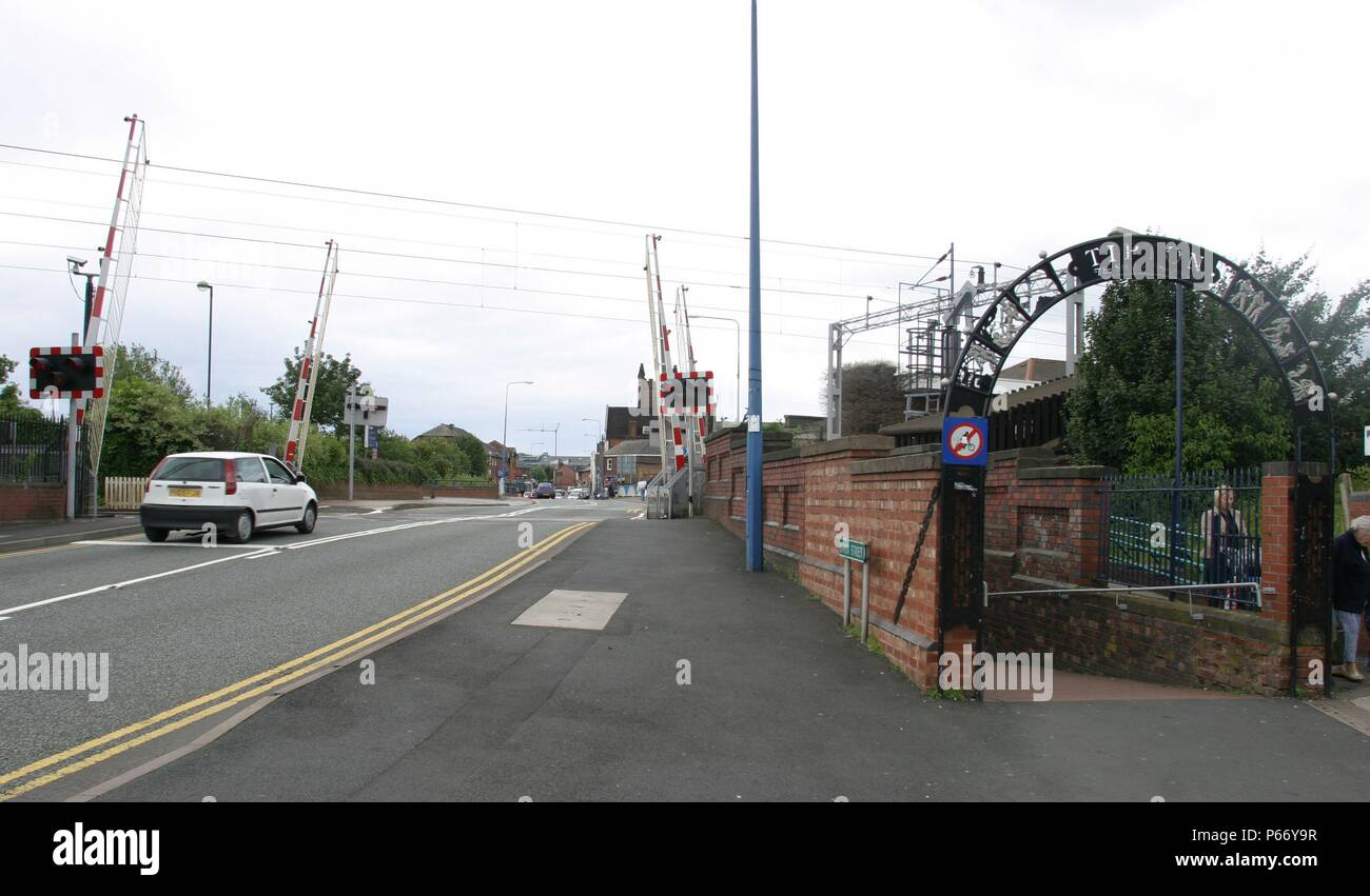 Pedestrian subway and level crossing at Tipton station, West Midlands. 2007 - Stock Image
