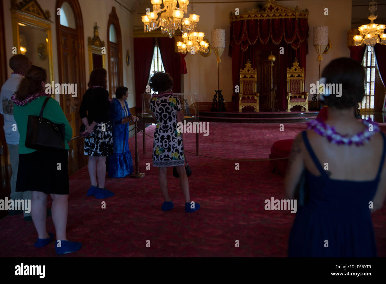 Military Spouses Observe The Thrones Of King And Queen During Spouse Appreciation Day Jpg