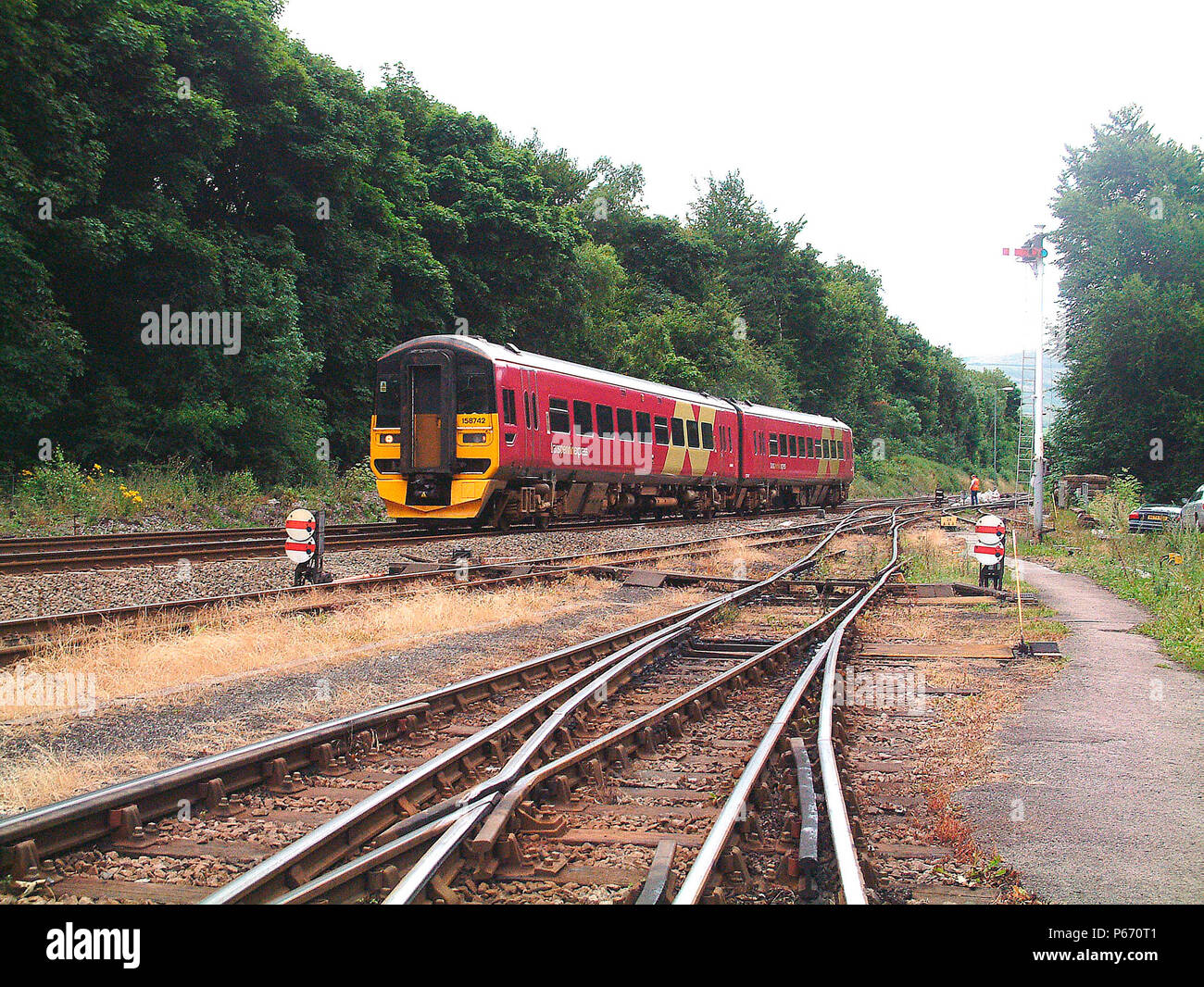 The southern Transpennine services use the Hope Valley to provide a connection between Sheffield and Manchester using Class 158 DMUs, one of which is  - Stock Image