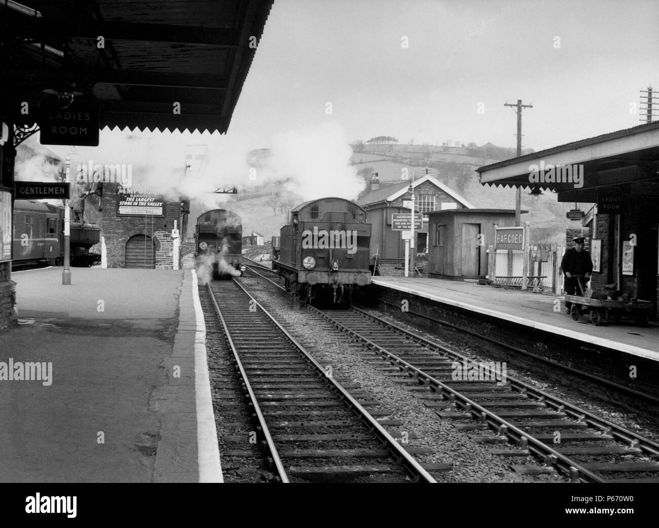 The two centre tracks in this north-looking view of Bargoed station were originally the Rhymney Railway's main line from Cardiff to Rhymney. In this v Stock Photo