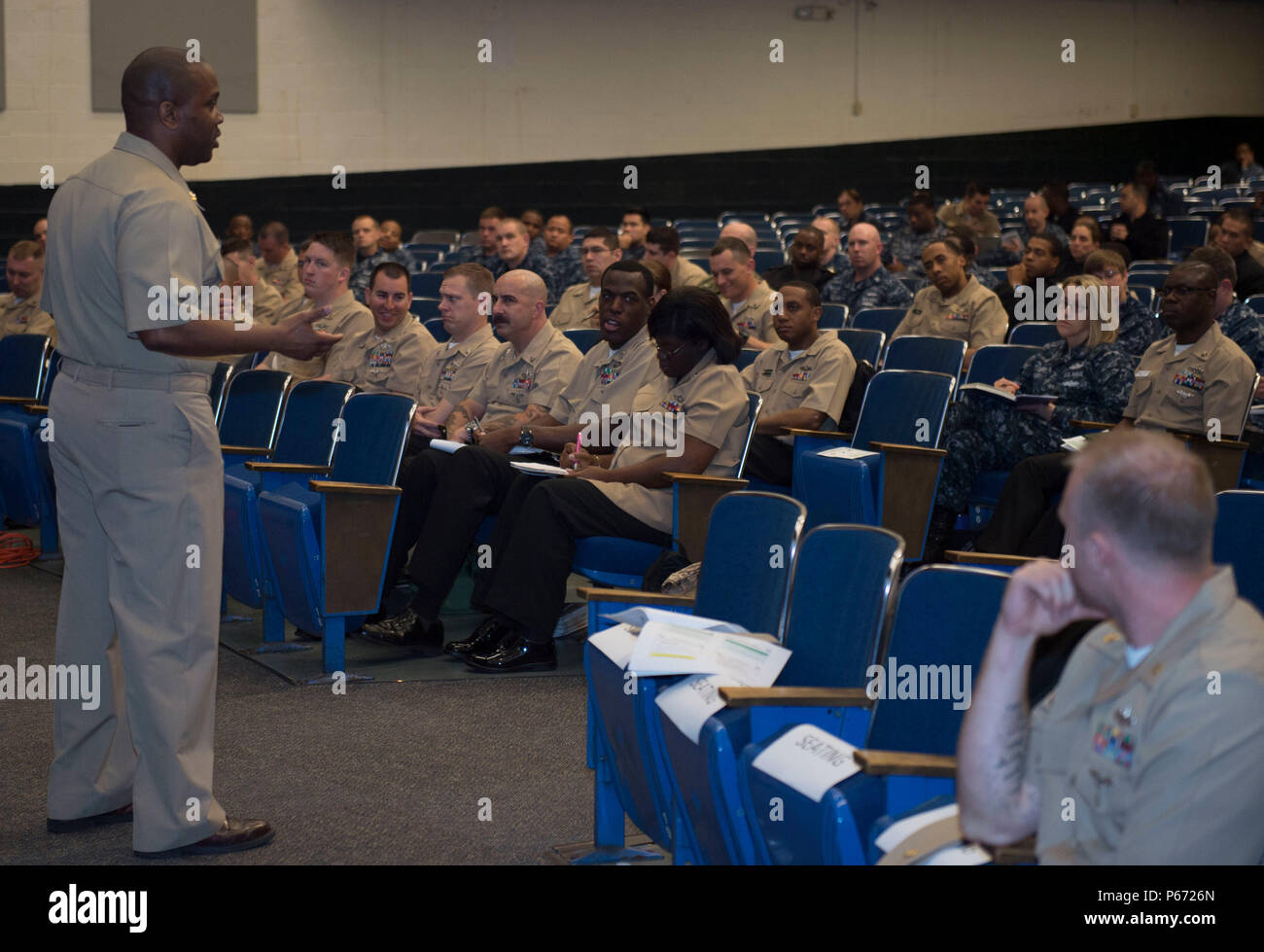 160511-N-TA425- 267 NORFOLK (May 11, 2016) Command Master Chief Steven Allen speaks to Sailors at the ninth annual First Class Petty Officer Association (FCPOA) Symposium.  The Naval Station Norfolk FCPOA established the event as a way to help Sailors further their careers, network and get leadership guidance. (U.S. Navy photo by Mass Communication Specialist 2nd Class Erica Yelland/Released) - Stock Image