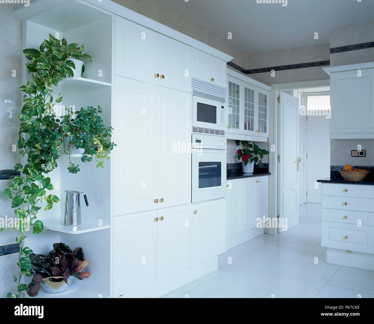 Kitchen Storage Unit Stock Photos & Kitchen Storage Unit Stock ...