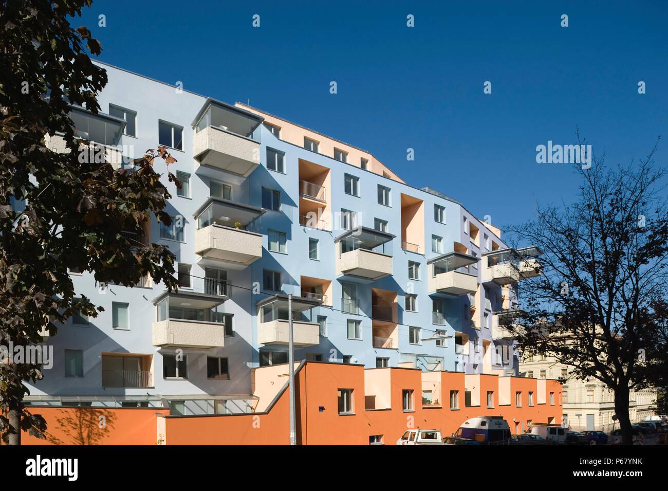 Wien, Terrassenhaus Buchengasse, Architekt RŸdiger Lainer 2008 - Stock Image