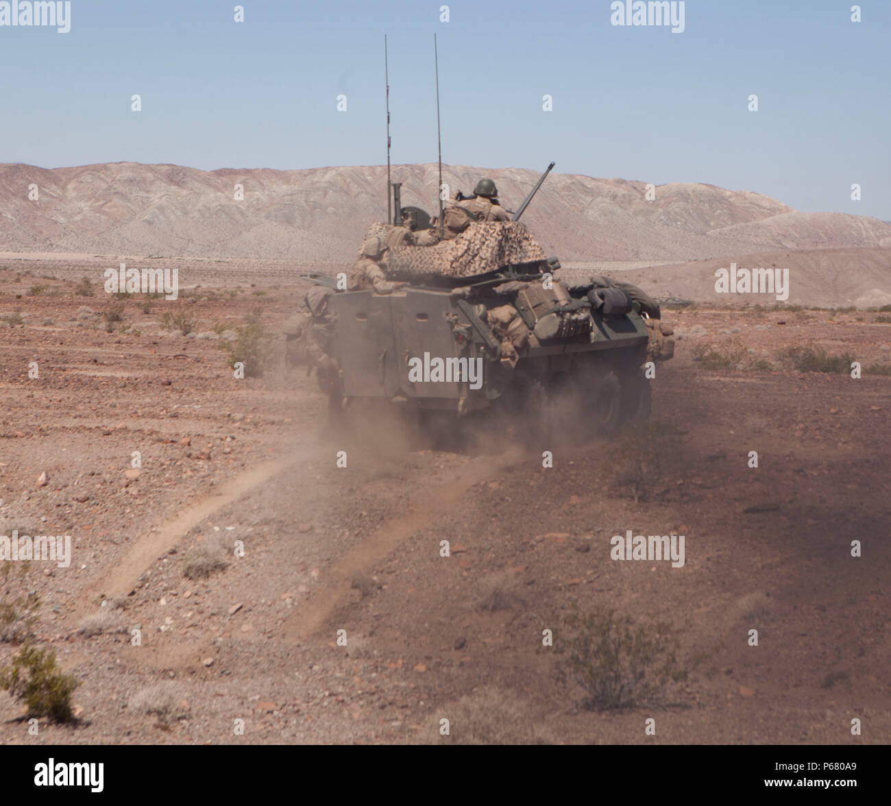 U S Marines With 2nd Light Armored Reconnaissance Battalionvo Company 2nd Marine Division Conduct Positionaults And For Fire