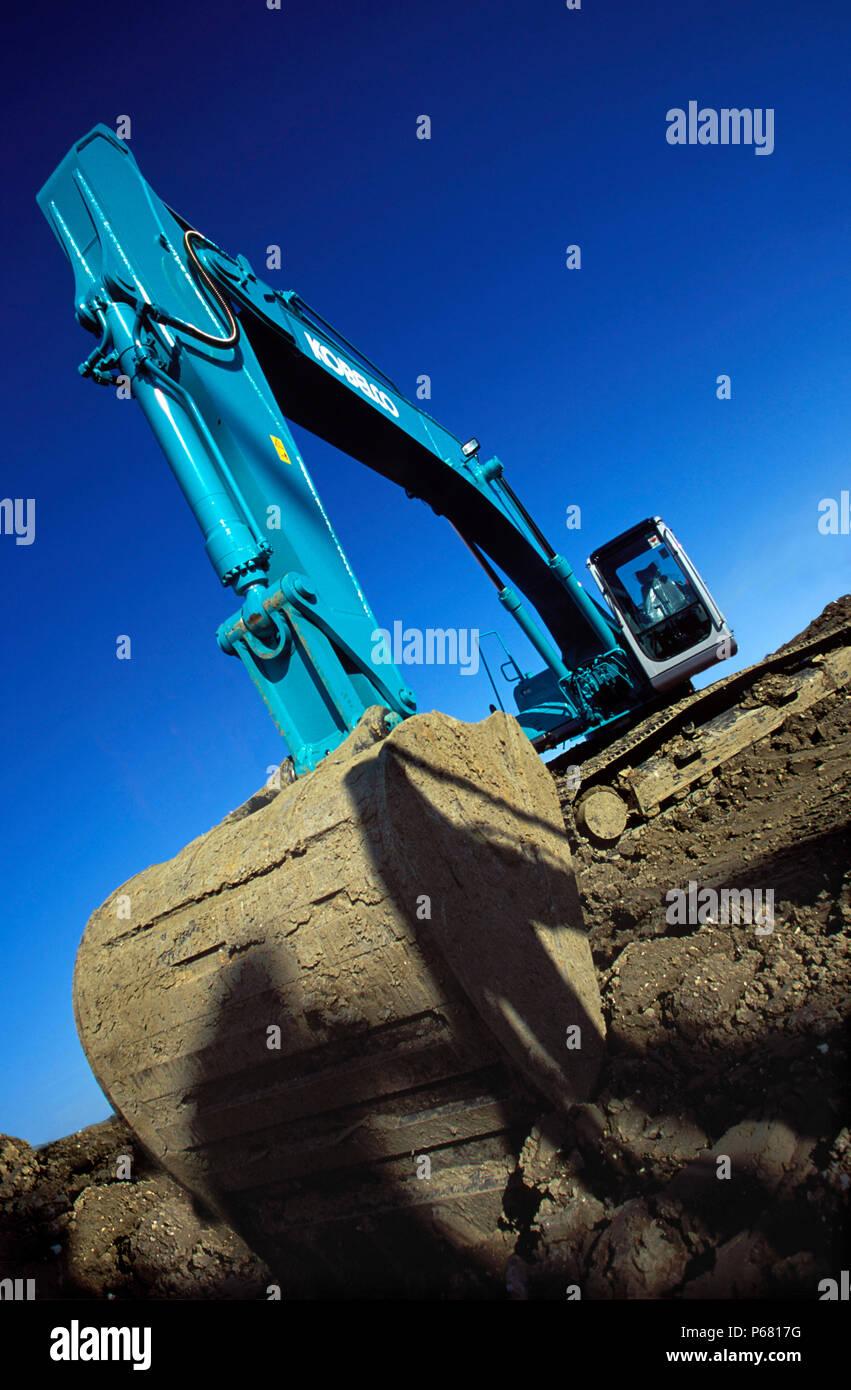 Kobelco Excavator Stock Photos & Kobelco Excavator Stock Images - Alamy