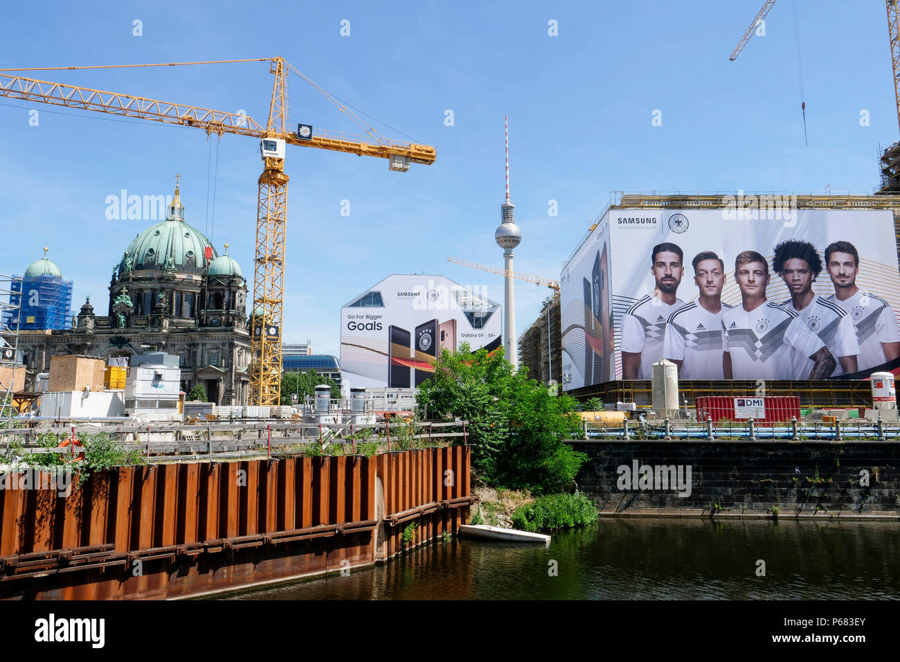GERMANY, Berlin, large Samsung advertisement with german soccer team during Fifa world championship 2018 in Russia - Stock Image