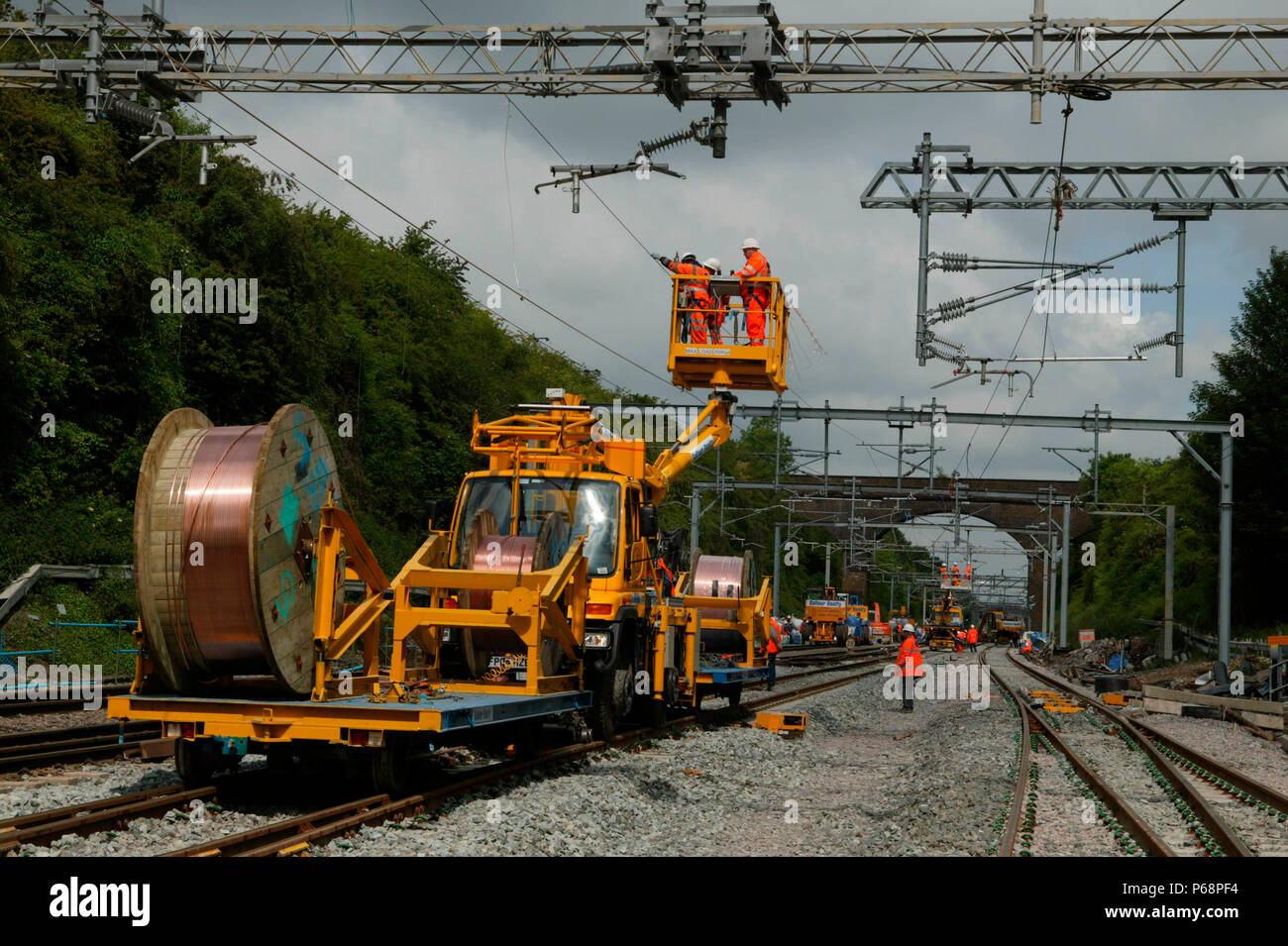 The wiring train plying copper cable to the overhead in Tring