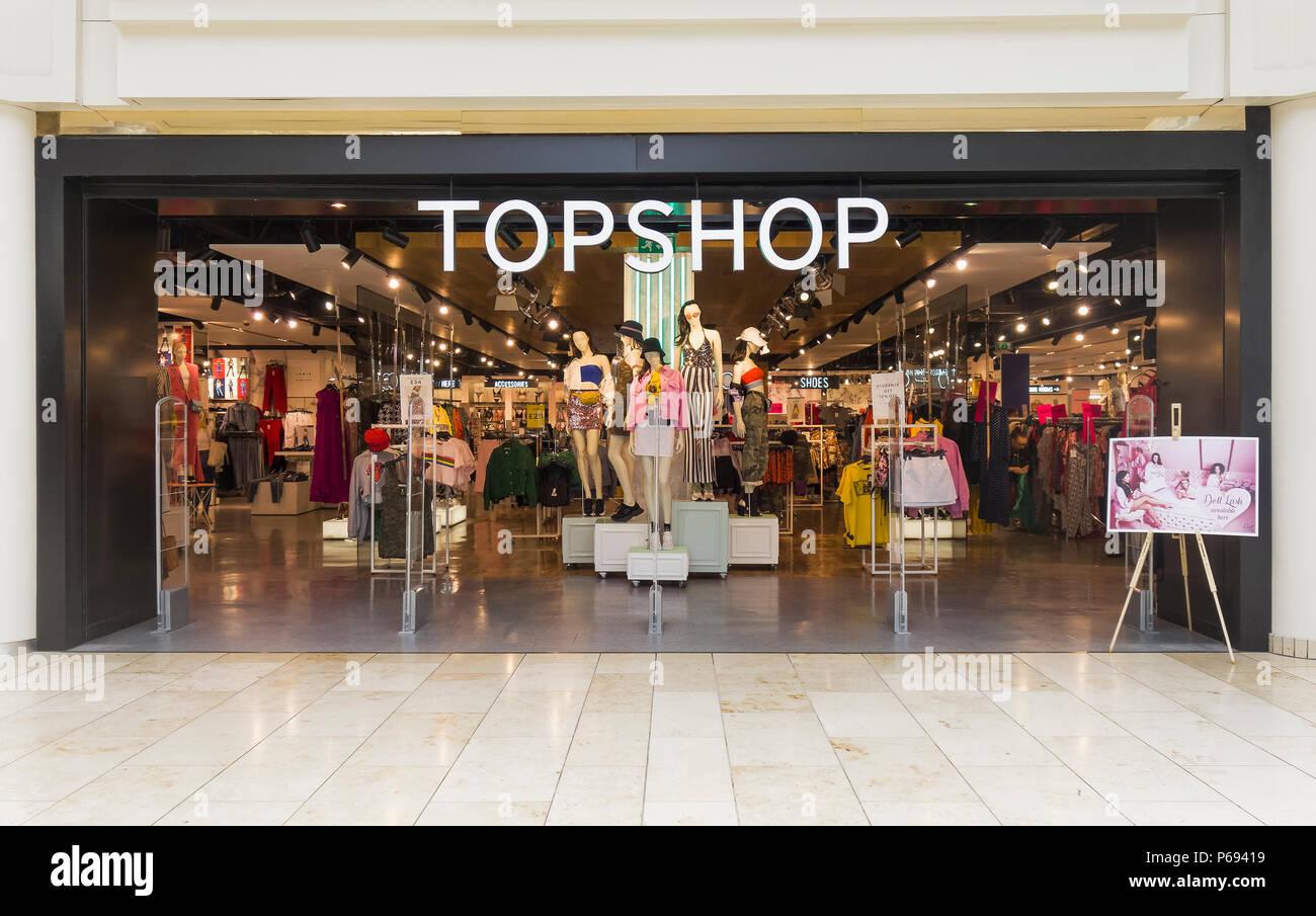 Storefront of British multinational fashion retailer Topshop at Gateshead Metrocentre, UK - Stock Image