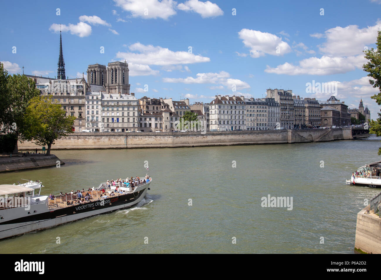 Views over River Seine and Paris from Pont Louis Philippe in Paris, France - Stock Image