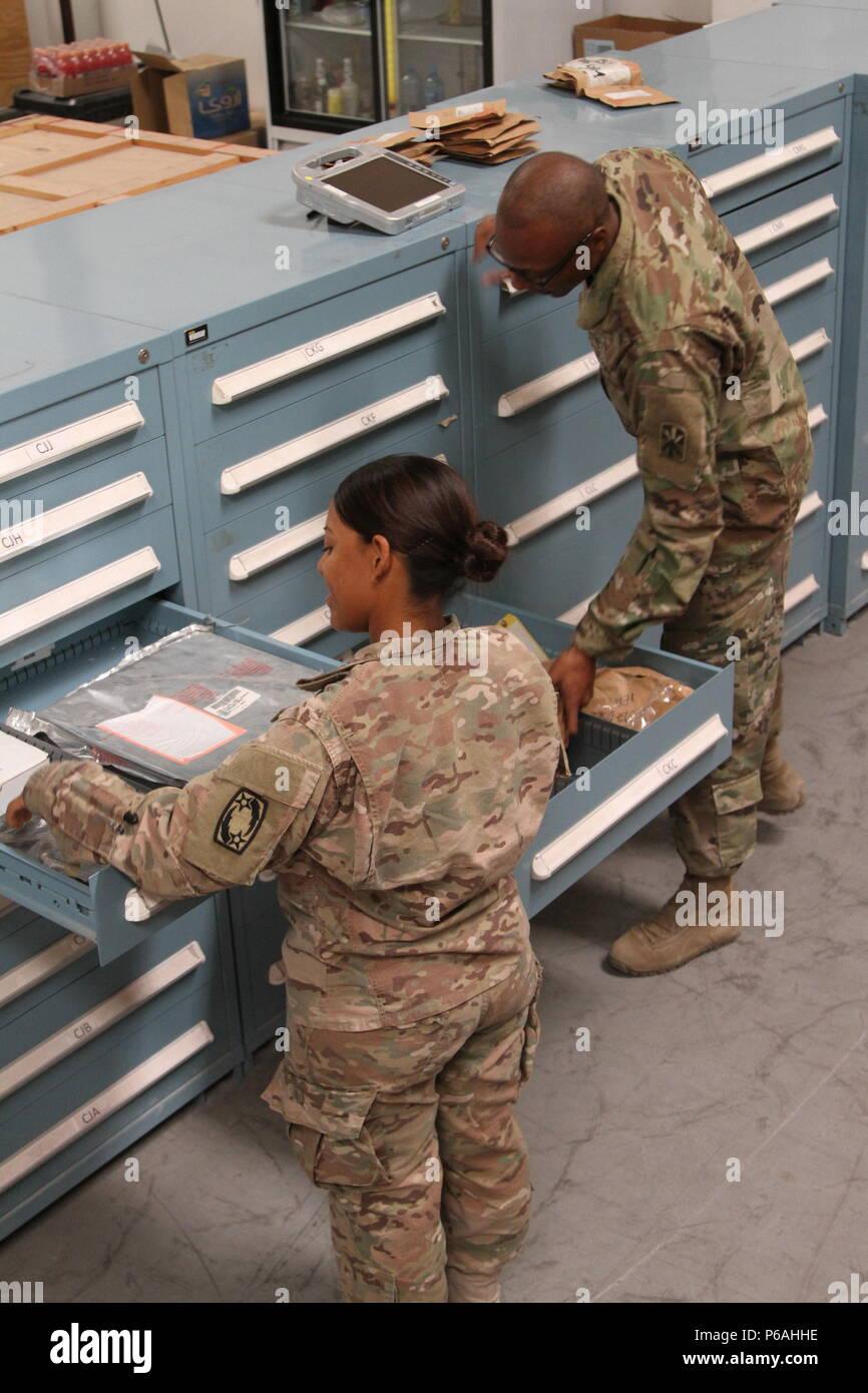 gcss army stock photos & gcss army stock images - alamy