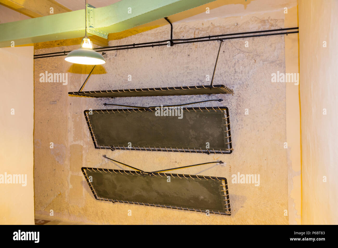 Picture of: Wall Mounted Bunk Beds Bunks To Enable Personnel To Sleep The Lascaris War Rooms Are An Underground Complex Of Tunnels And Chambers Valletta Malt Stock Photo Alamy