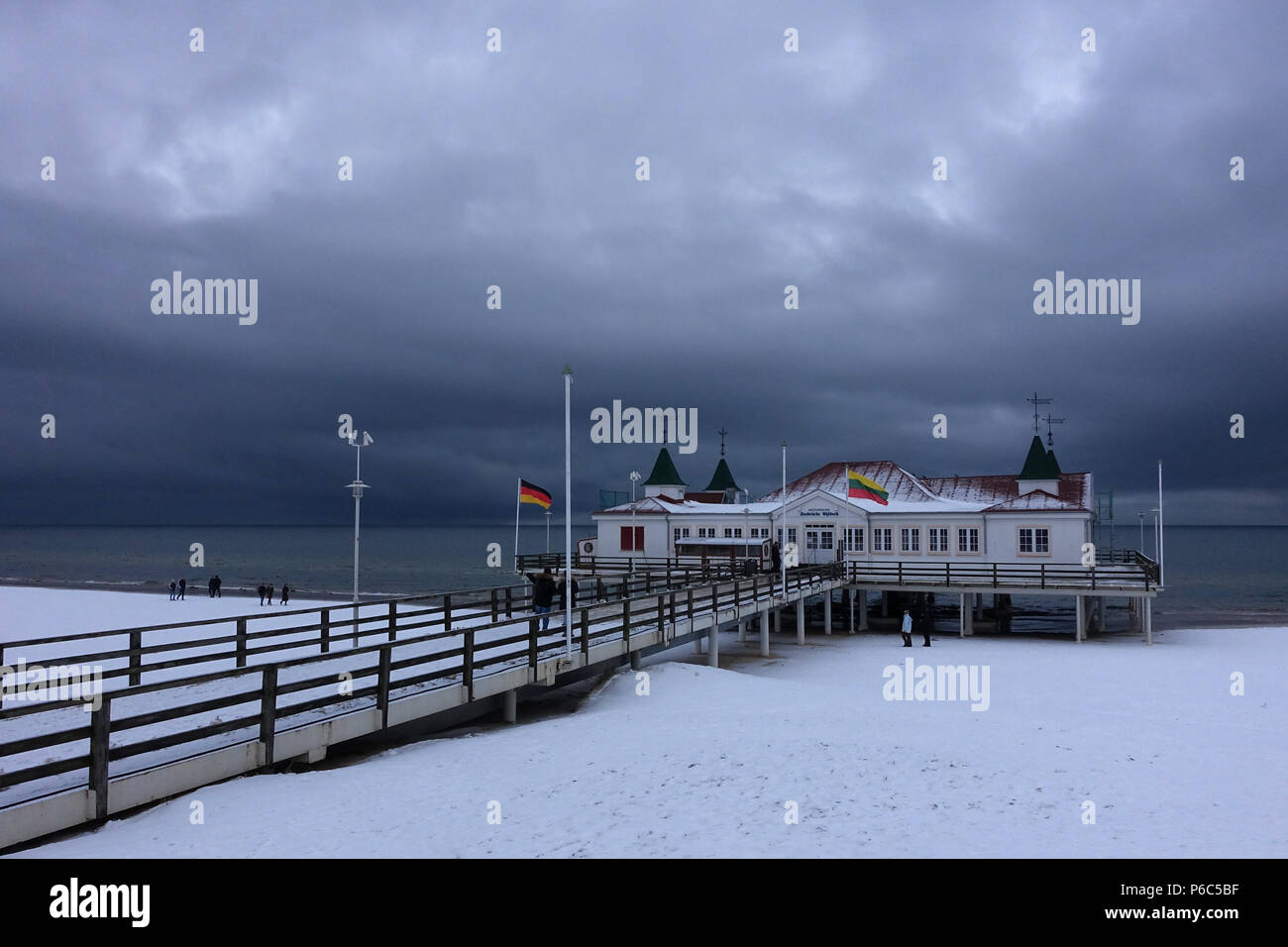 Ahlbeck, Germany, view of the sea bridge in winter in bad weather - Stock Image