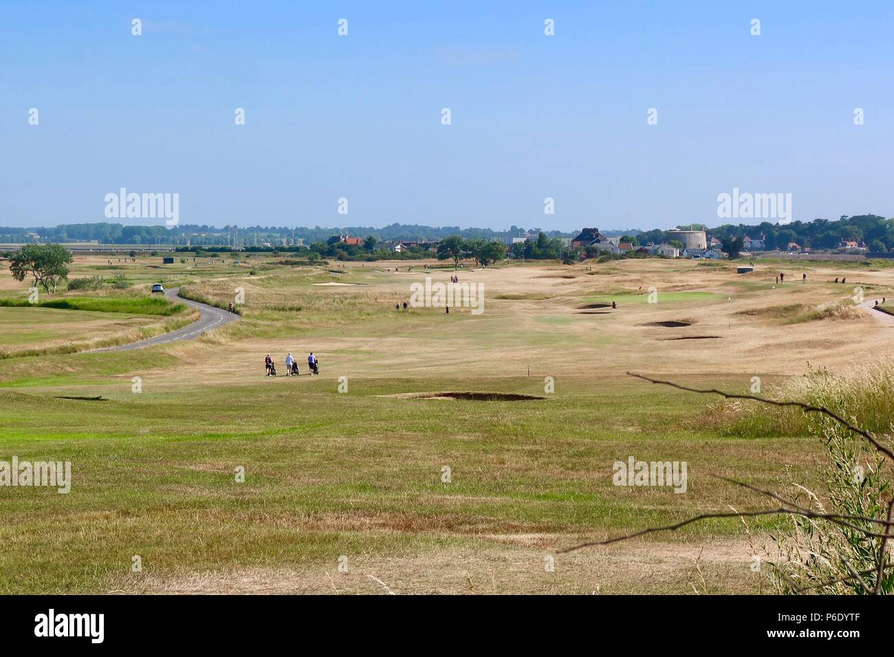Suffolk, UK, 30 June 2018. UK Weather: Hot sunny summer morning on the links golf course in Felixstowe Ferry, Suffolk. - Stock Image