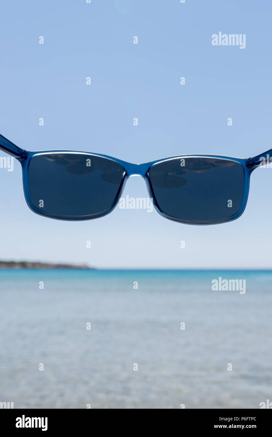 af03facccd7 Blue sunglasses with polarized lenses that protect your eyes from bright  sea light