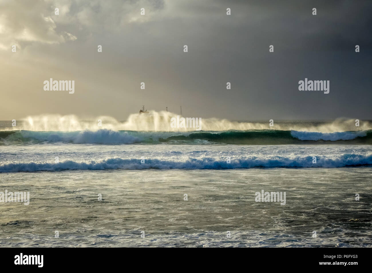 Pacific ocean at sunset on Easter Island, Chile - Stock Image