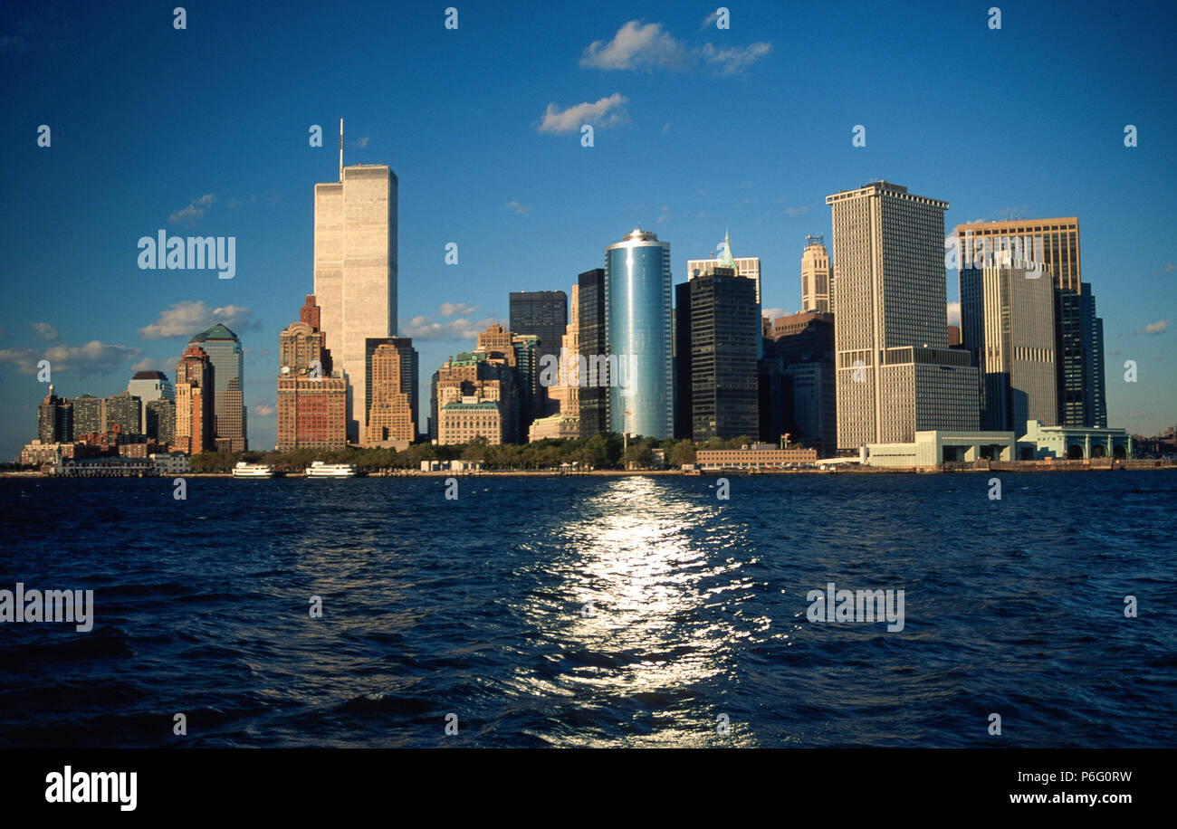 Vintage Image of New York City Skyline which includes the Twin Towers of the World Trade Center, 1995, NYC, USA - Stock Image