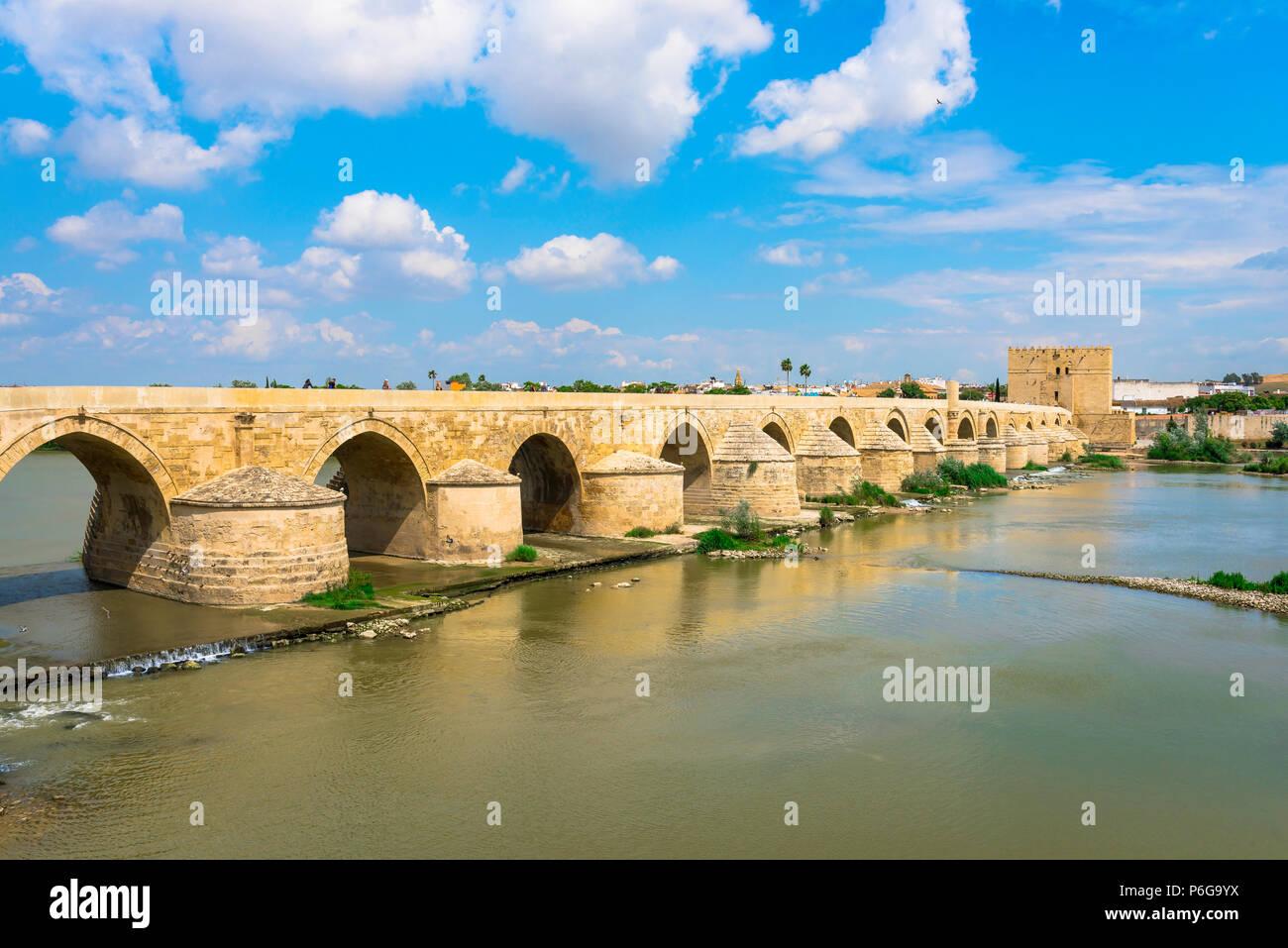 Cordoba bridge, view of the historic Roman Bridge spanning the Rio Guadalquivir in Cordoba (Cordova) Andalucia, Spain. - Stock Image