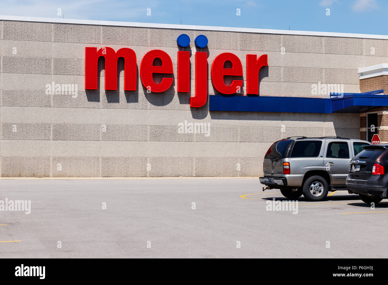 Ft. Wayne - Circa June 2018: Meijer Retail Location. Meijer is a large supercenter type retailer with over 200 locations I - Stock Image