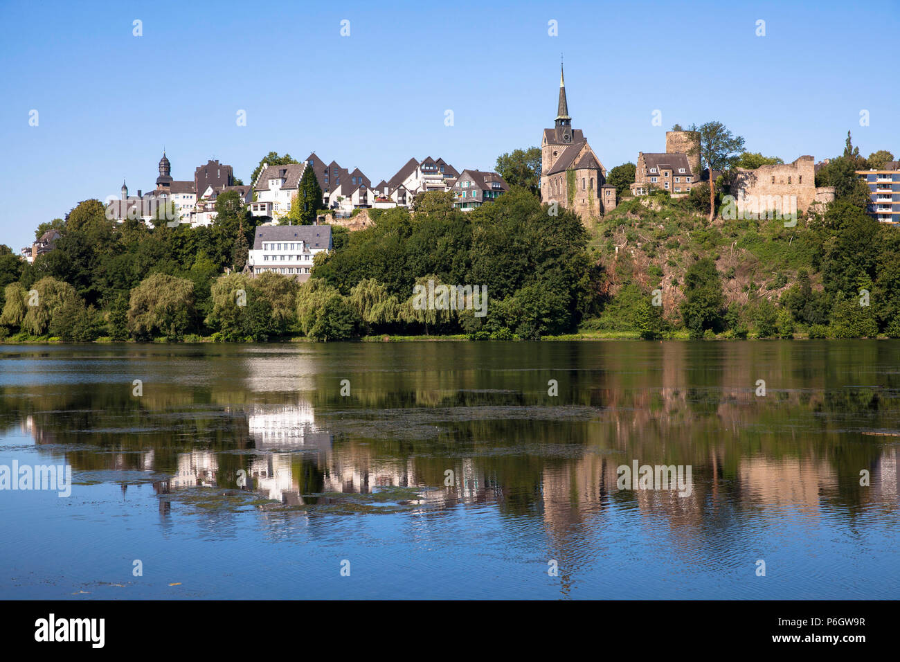 Germany, the city of Wetter on the river Ruhr, lake Harkort, view to the protestant church and the castle Wetter.  Deutschland, Stadt Wetter an der Ru - Stock Image