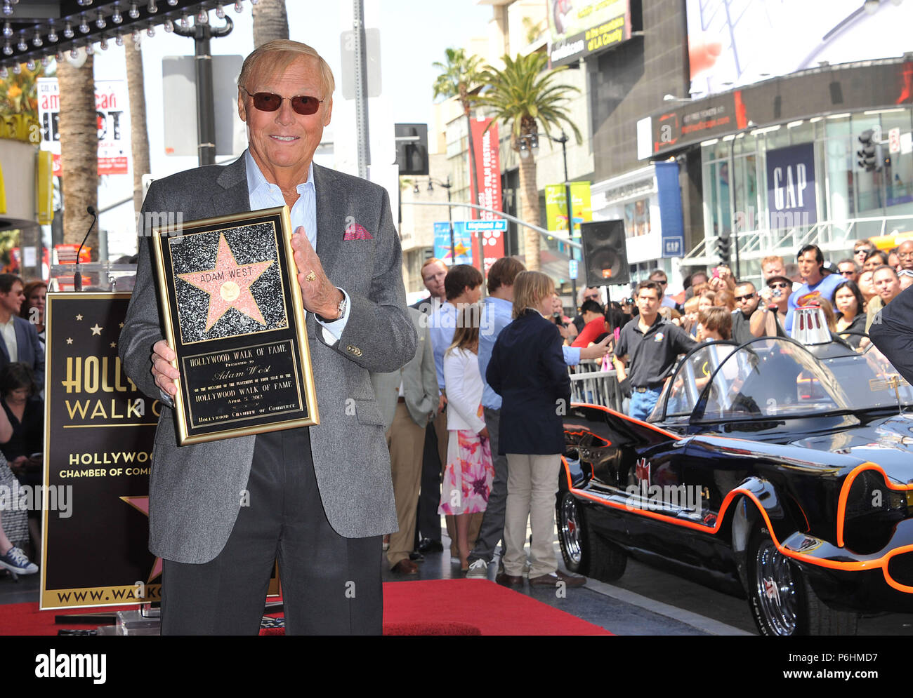 Adam West Adam West For His 50 Years In The Biz Honored With A Star On